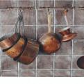 Passatoia cucina con mestoli in rame